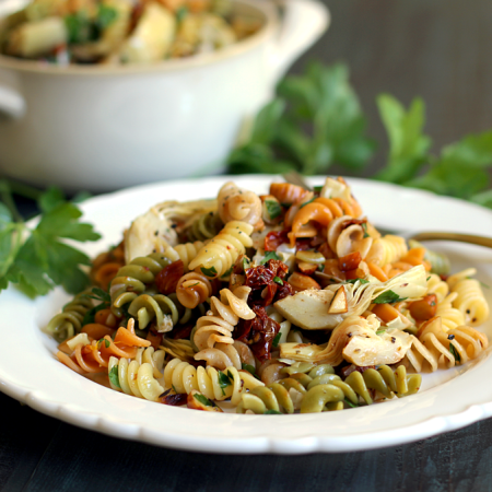 Easy Pasta Salad with Artichoke Hearts and Sun-Dried Tomatoes