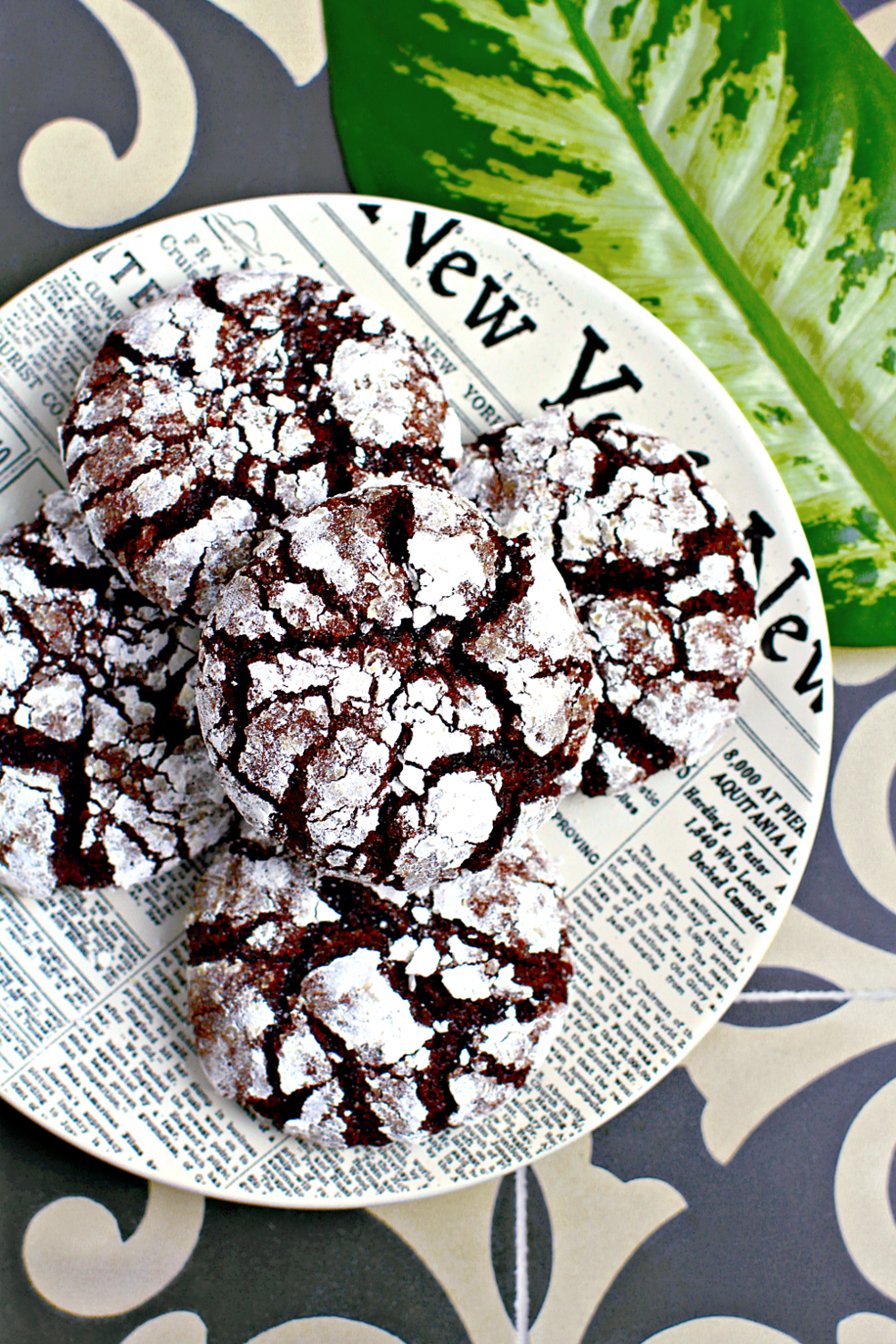 Chocolate Crinkle Cookies (That Taste Incredible Frozen) - Two of ...