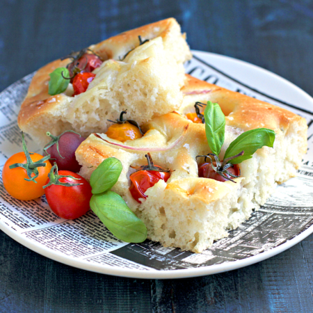 Focaccia with Cherry Tomatoes and Red Onions_cut