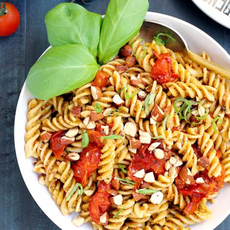Pasta with Roasted Tomato Pesto_top