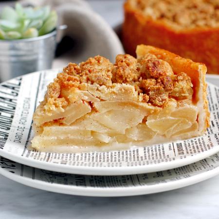 Pennsylvania Dutch Apple Pie_slice